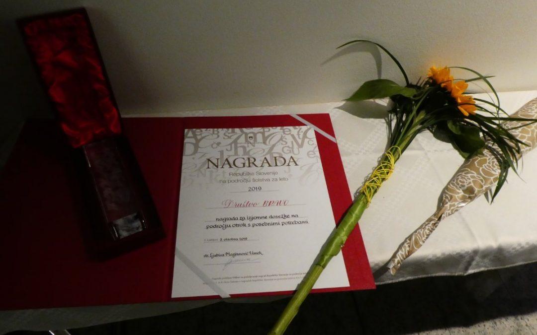 Društvo prejelo državno nagrado na področju šolstva